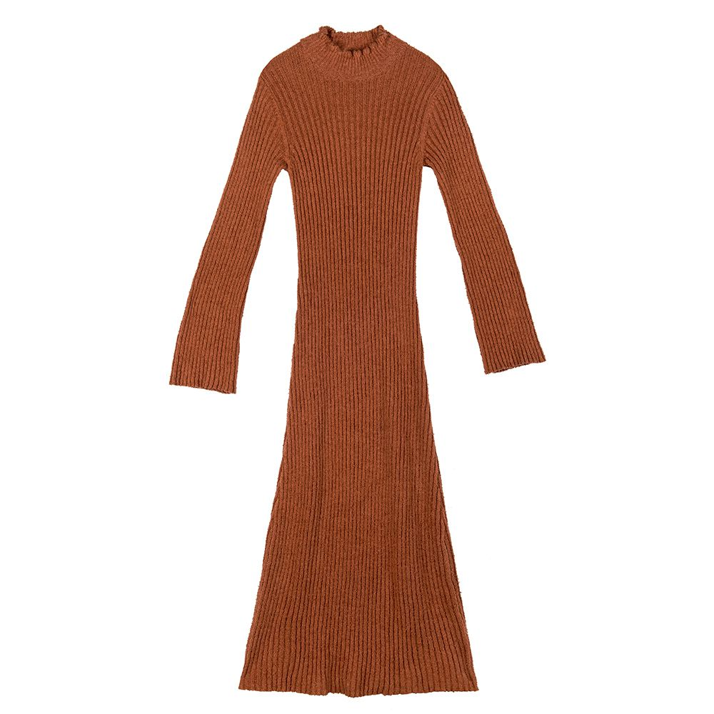 Cinnamon colored knit dress with long sleeves.