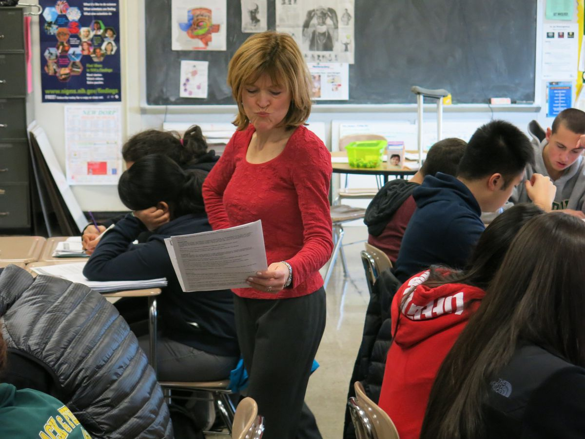 Kutza had her students try to solve a medical mystery that she found in a magazine.