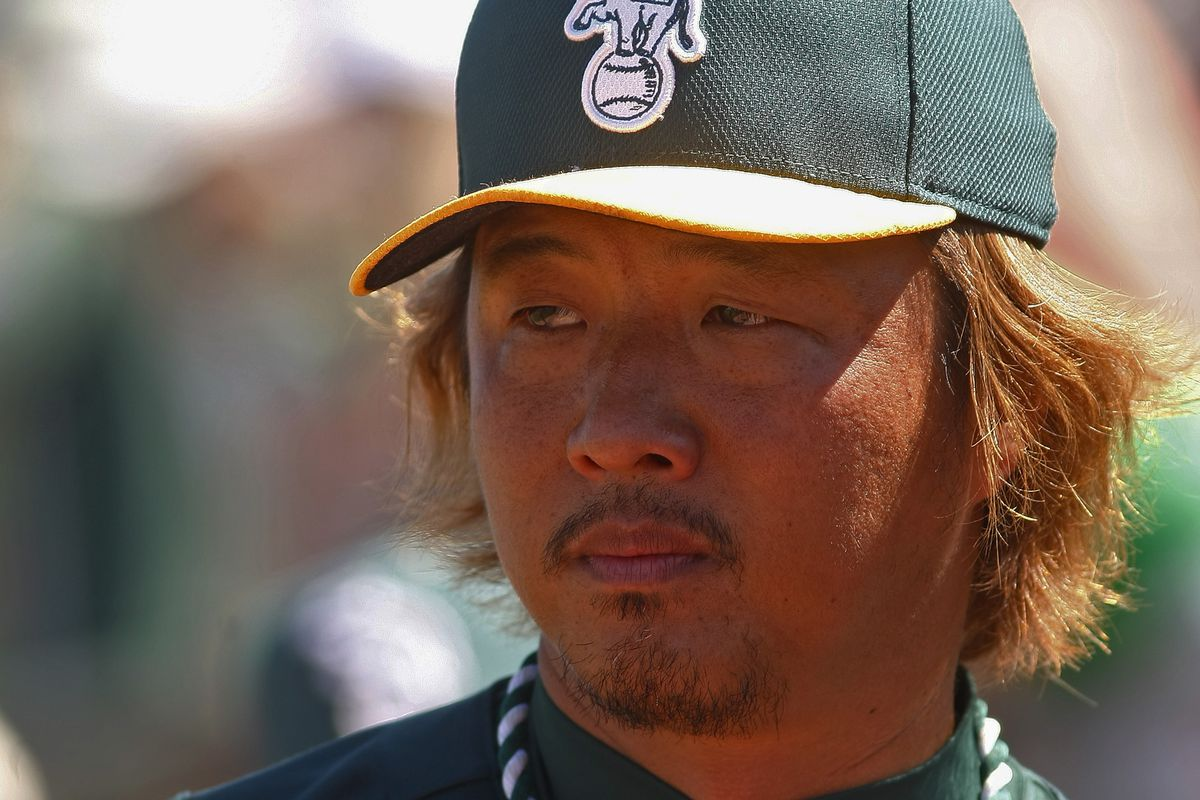 Hideki Okajima must be promoted before June 1 or else he will turn into a pumpkin. The transformation has already begun, with his hair turning a strange orange color.