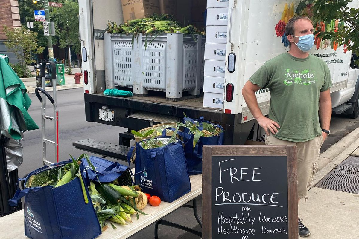 Nichols Farm And Orchard Booted From Wicker Park Farmers Market Chicago Sun Times
