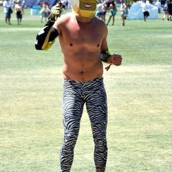 This festival go-er would fit well on Venice Beach in the 80s. On Halloween.