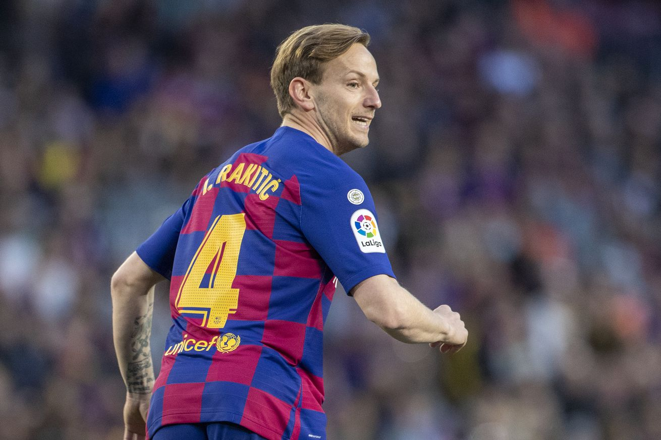 Rumor mill gets confused about Rakitic and Junior