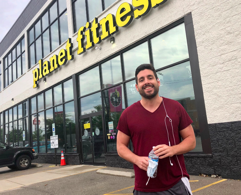 Robert Mathews heads in to the Logan Square Planet Fitness for hist first indoor pandemic workout.