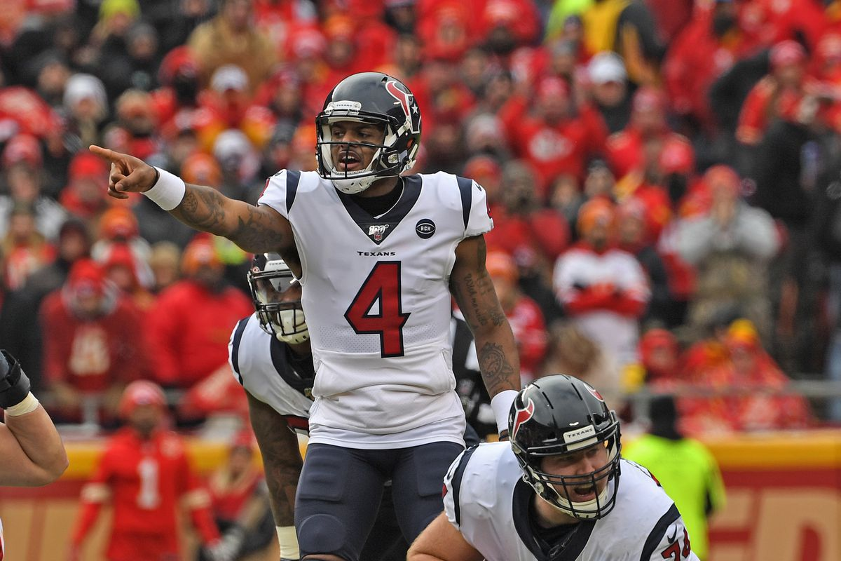 Quarterback Deshaun Watson of the Houston Texans calls out an audible in the second half during the AFC Divisional playoff game against the Kansas City Chiefs at Arrowhead Stadium on January 12, 2020 in Kansas City, Missouri.