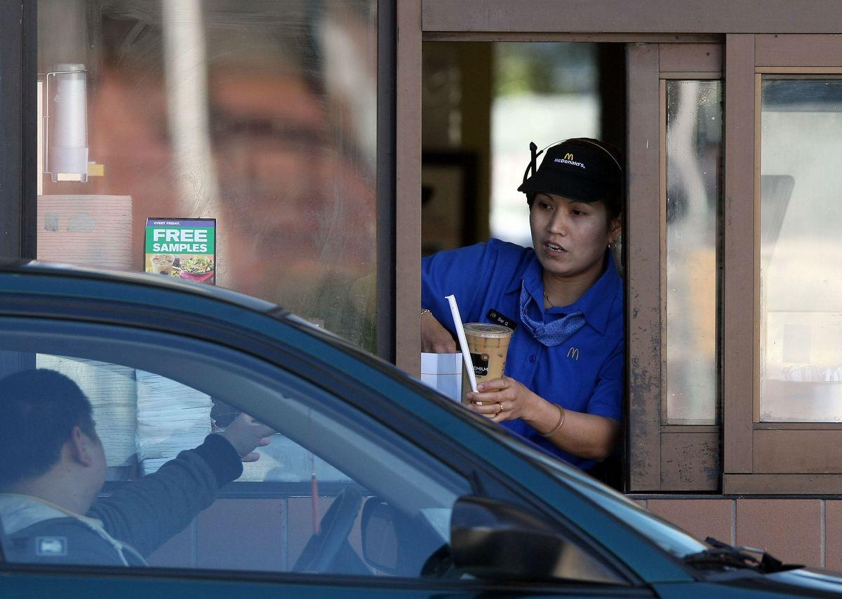 mcdonalds employee 2009