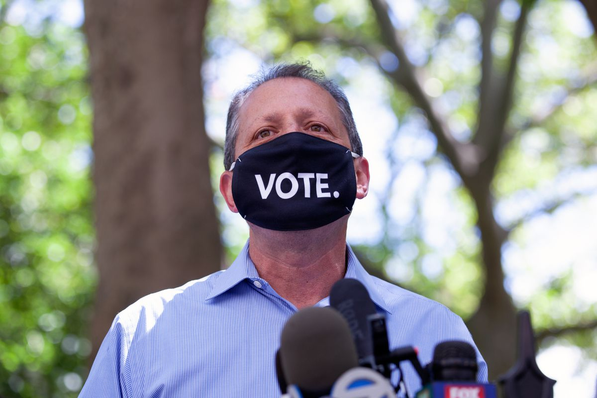 Councilmember Brad Lander attends a school reopening rally at City Hall during the COVID pandemic, Aug. 20, 2020.