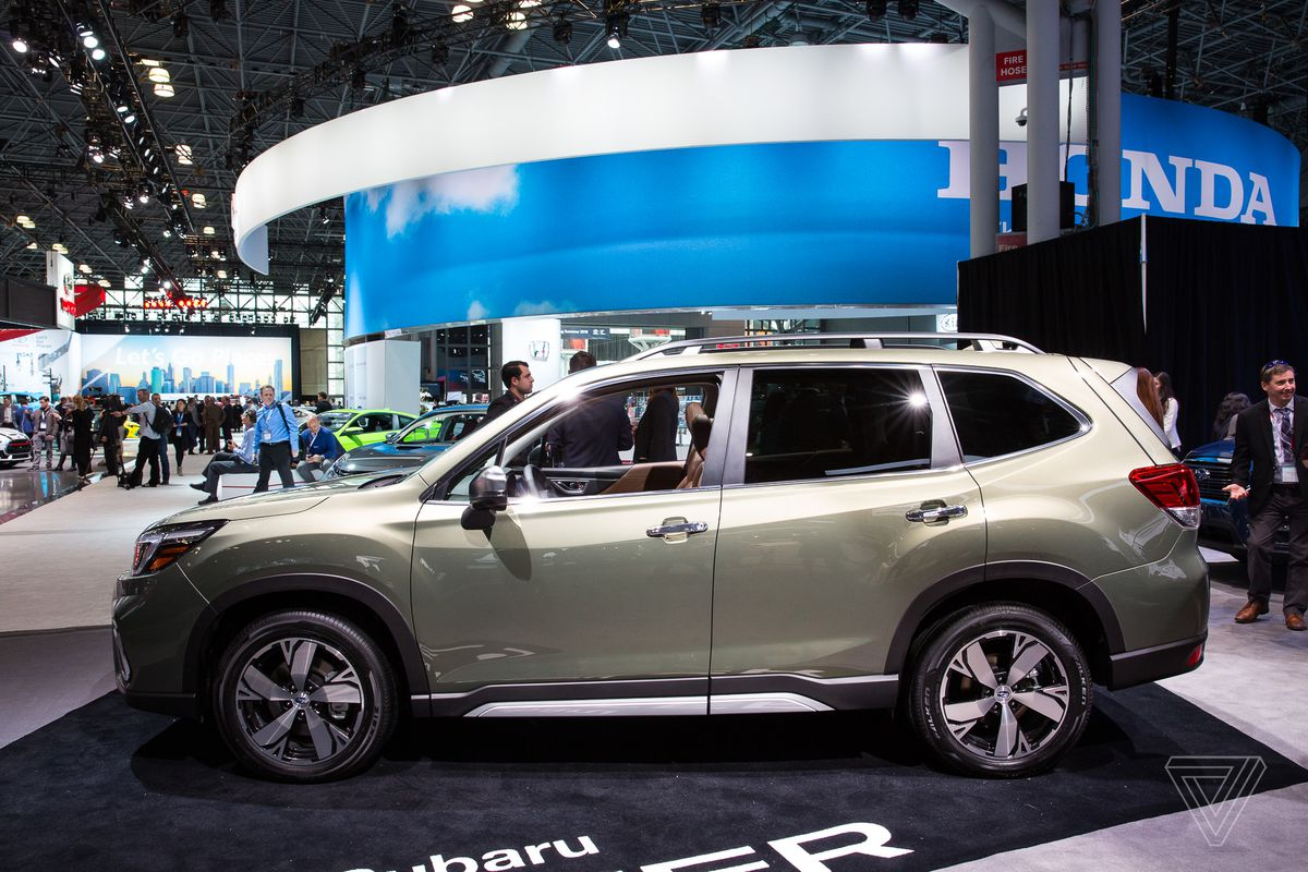 Subaru Forester grows roomier, aims to curb distracted driving