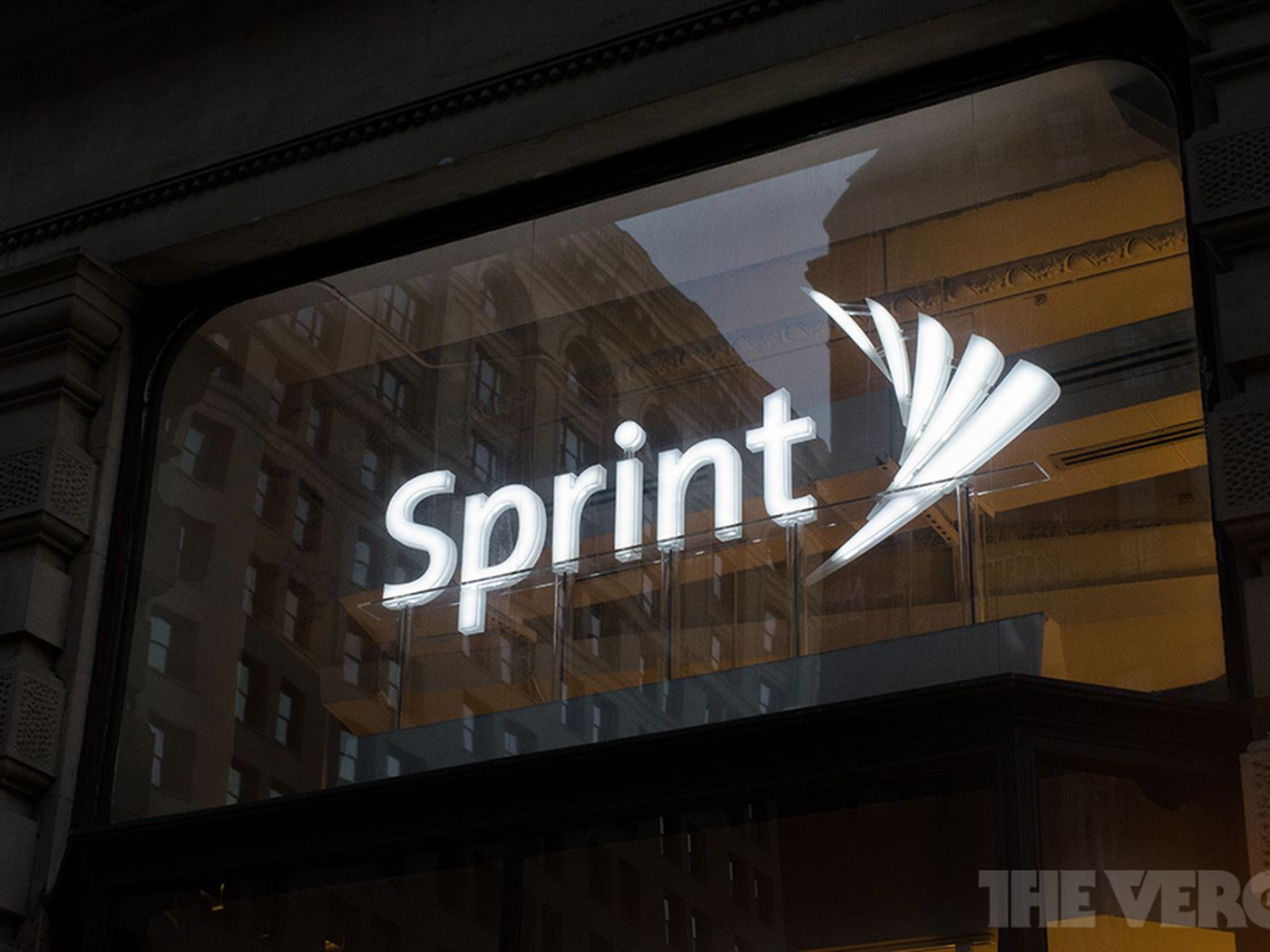 Sprint now finally owns 100 percent of Clearwire - The Verge