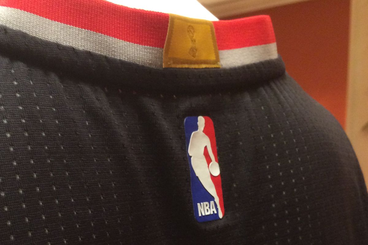 a2151d13fa64 Blazers Jerseys To Bear Gold Collar Patch Honoring 1977 Title Team ...