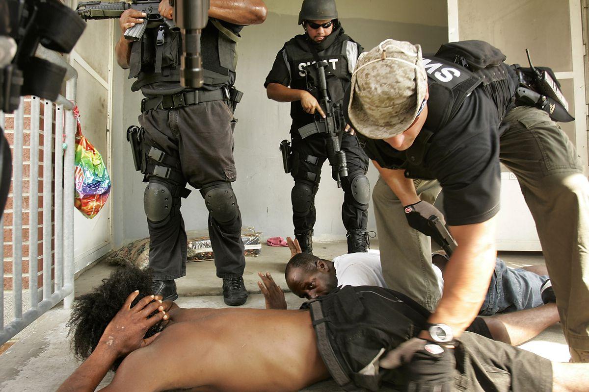 Cops Do 20 000 No Knock Raids A Year Civilians Often Pay