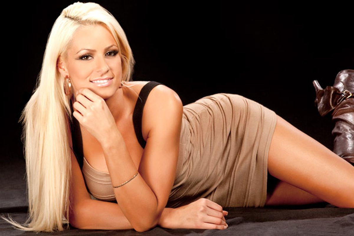 WWE Releases Diva Maryse