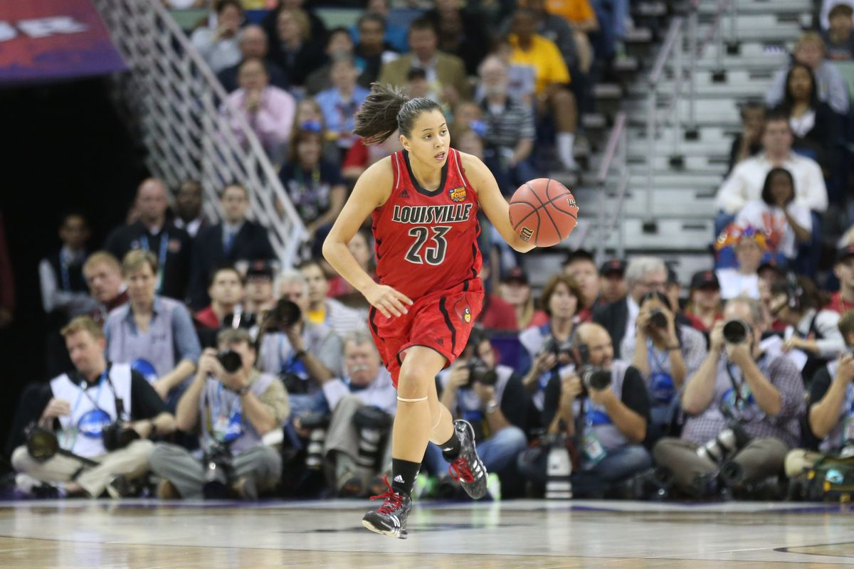Shoni Schimmel had a poor shooting night in Louisville's opener, but her passing numbers were impressive.