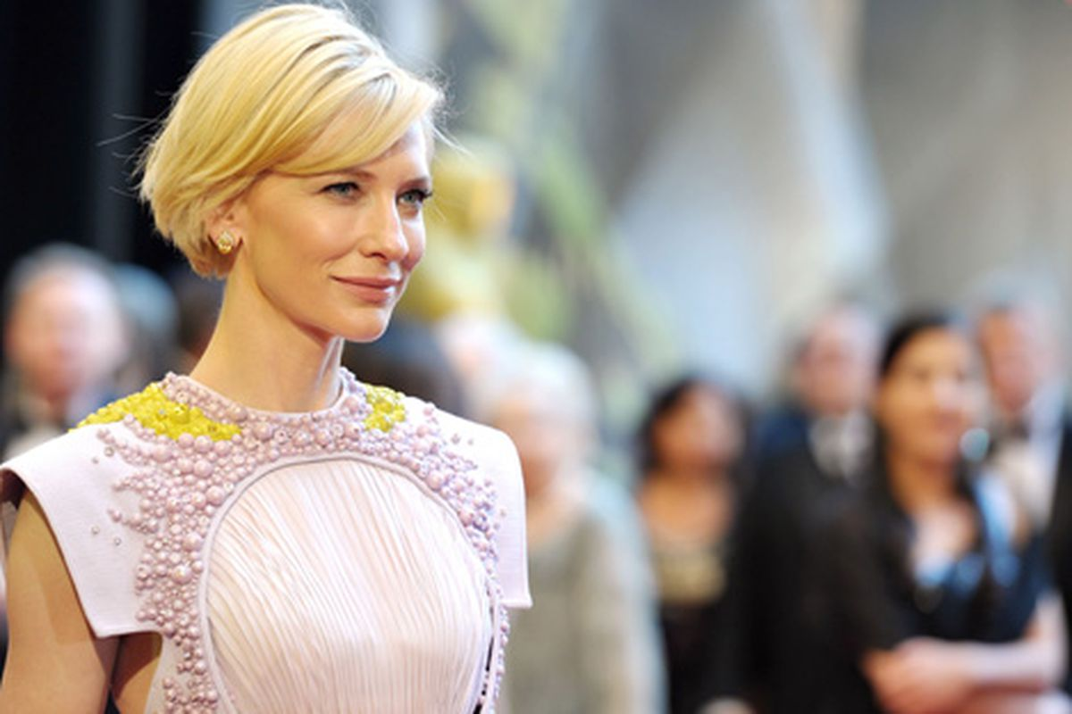 """A close-up of the detail on Cate Blanchett's Oscar dress. (More views <a href=""""http://www.huffingtonpost.com/2011/02/27/cate-blanchett-oscars-2011_n_828890.html"""">here</a>.) Via Getty."""