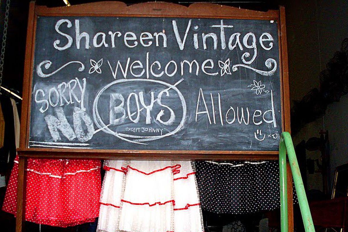 "Image via <a href=""http://retrothreadz.blogspot.com/2011/04/vintage-maven-shareen-mitchells-run-on.html/"">Retro Threadz Vintage Apparel</a>"