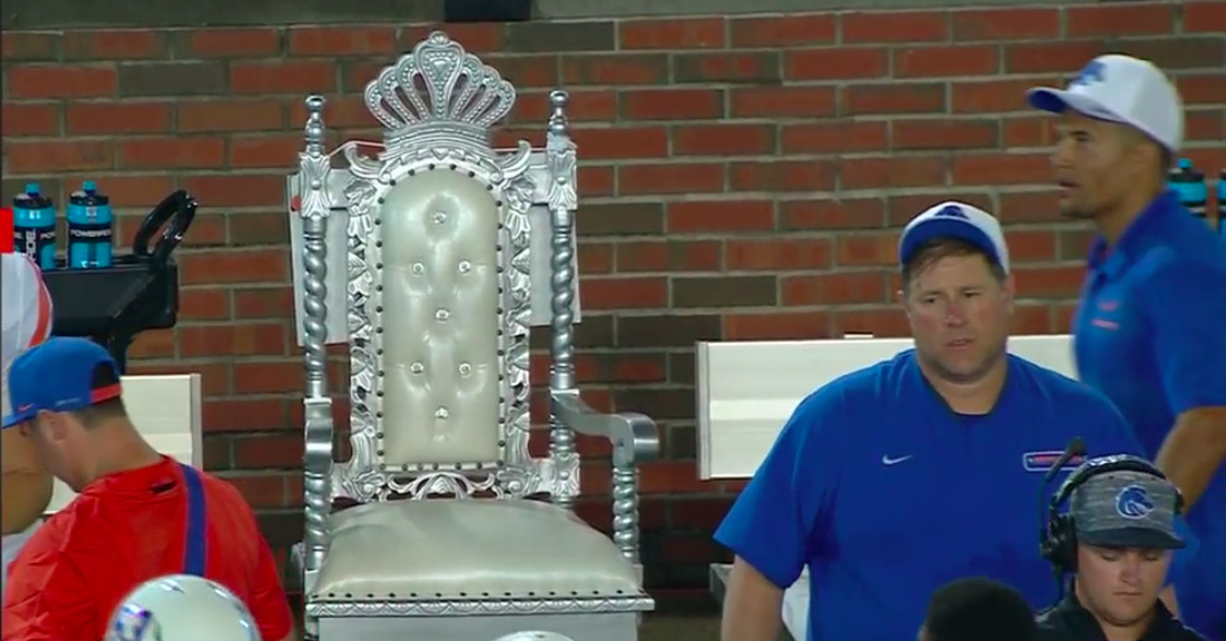 Boise State unveils new turnover throne as latest sideline prop - SBNation.com