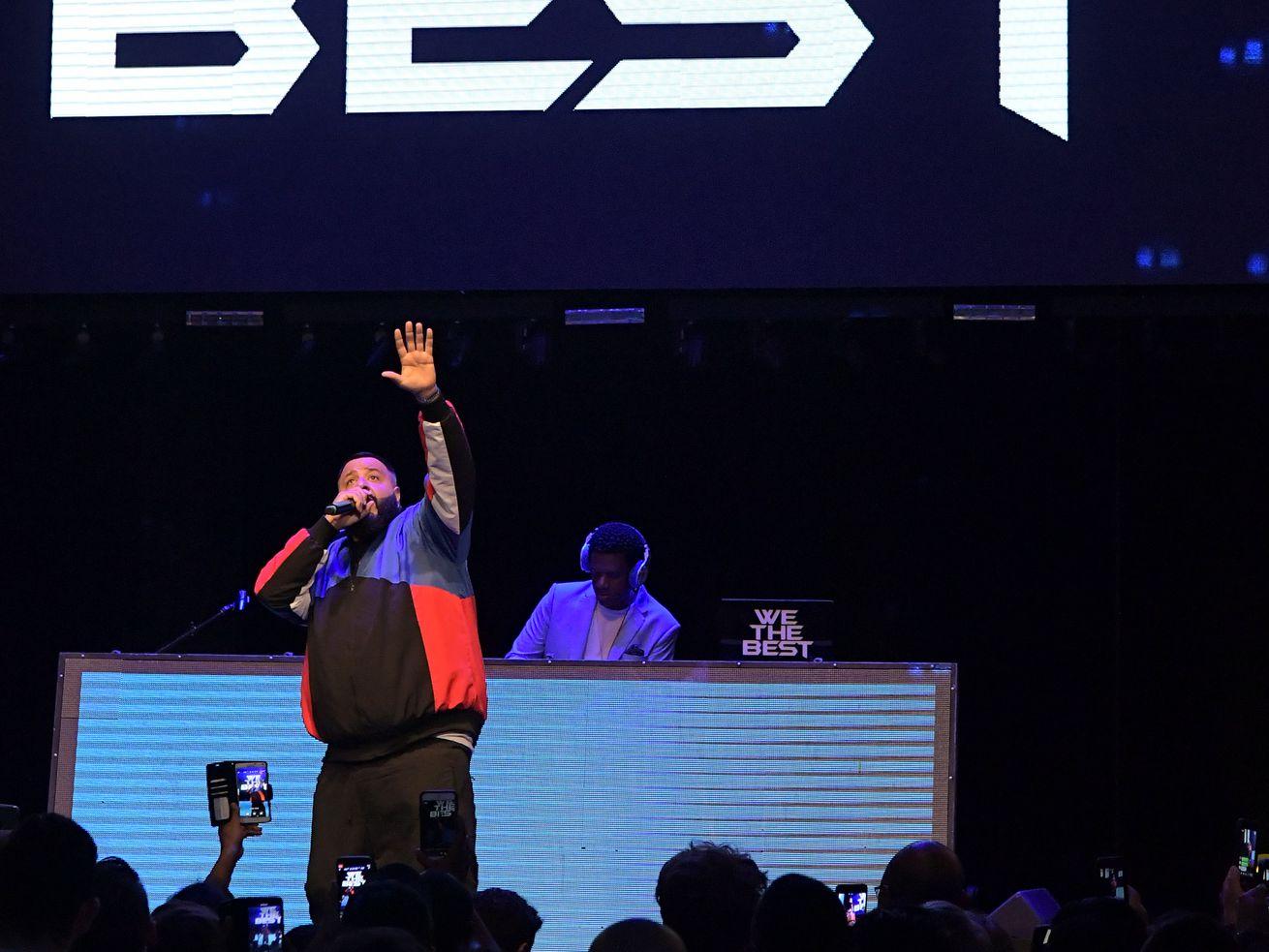 不要听DJ。