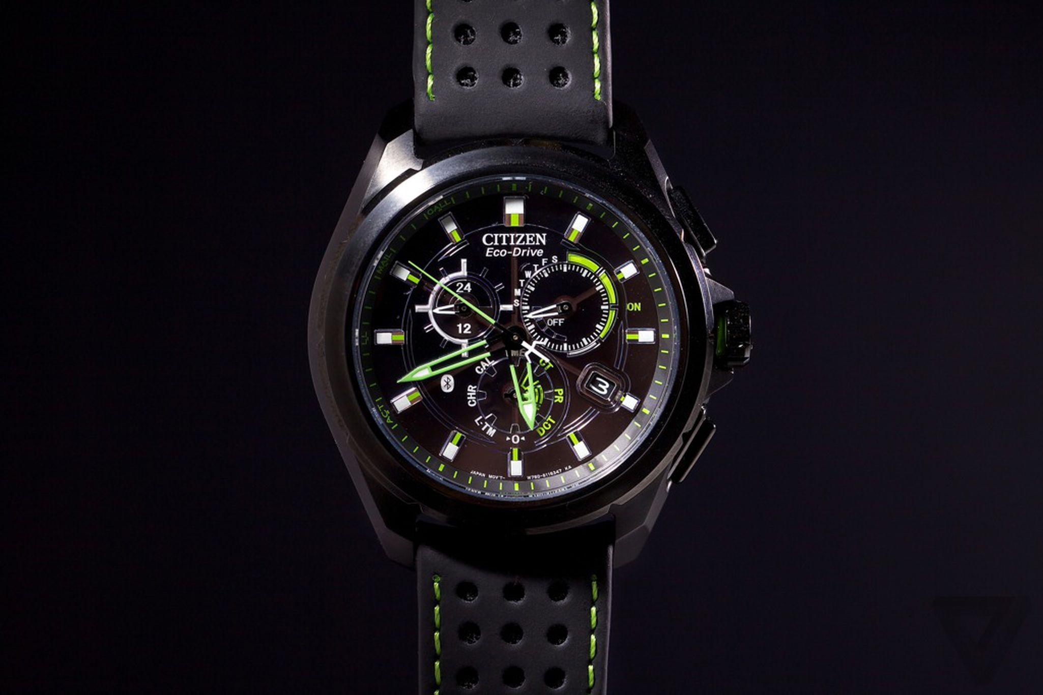 Citizen Eco-Drive Proximity review  a different kind of smartwatch ... 58c946a4f8