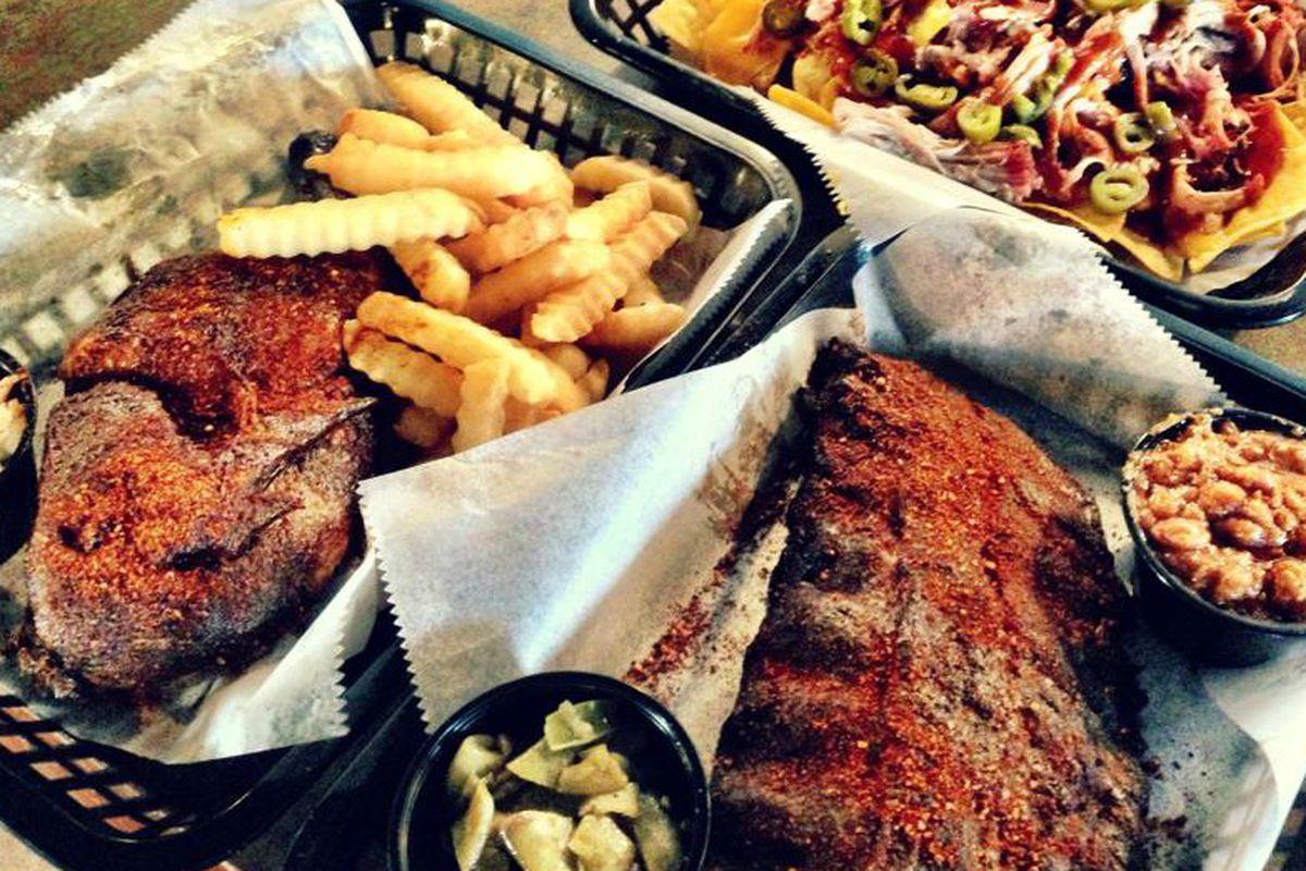 Pork ribs and loaded nachos at Peg Leg Porker