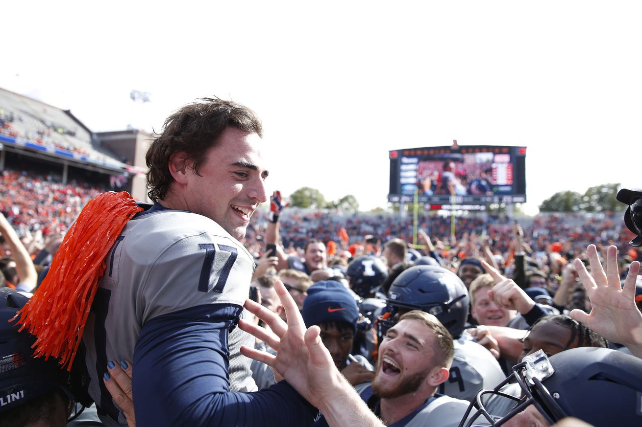 LIVE THREAD: Reactions to Illinois upsetting Wisconsin, more