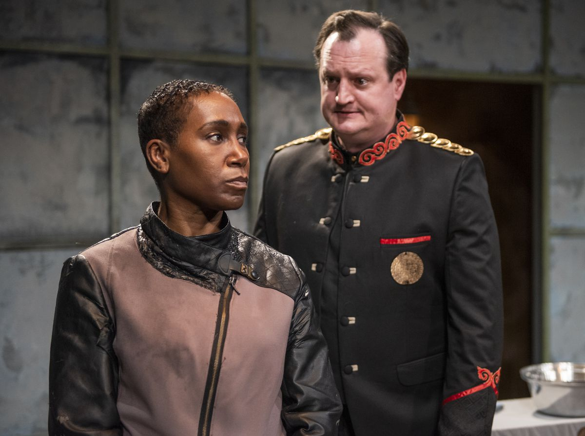 """Shariba Rivers stars as Elyse and Eric Slater portrays The General in """"The Tasters"""" at Rivendell Theatre."""