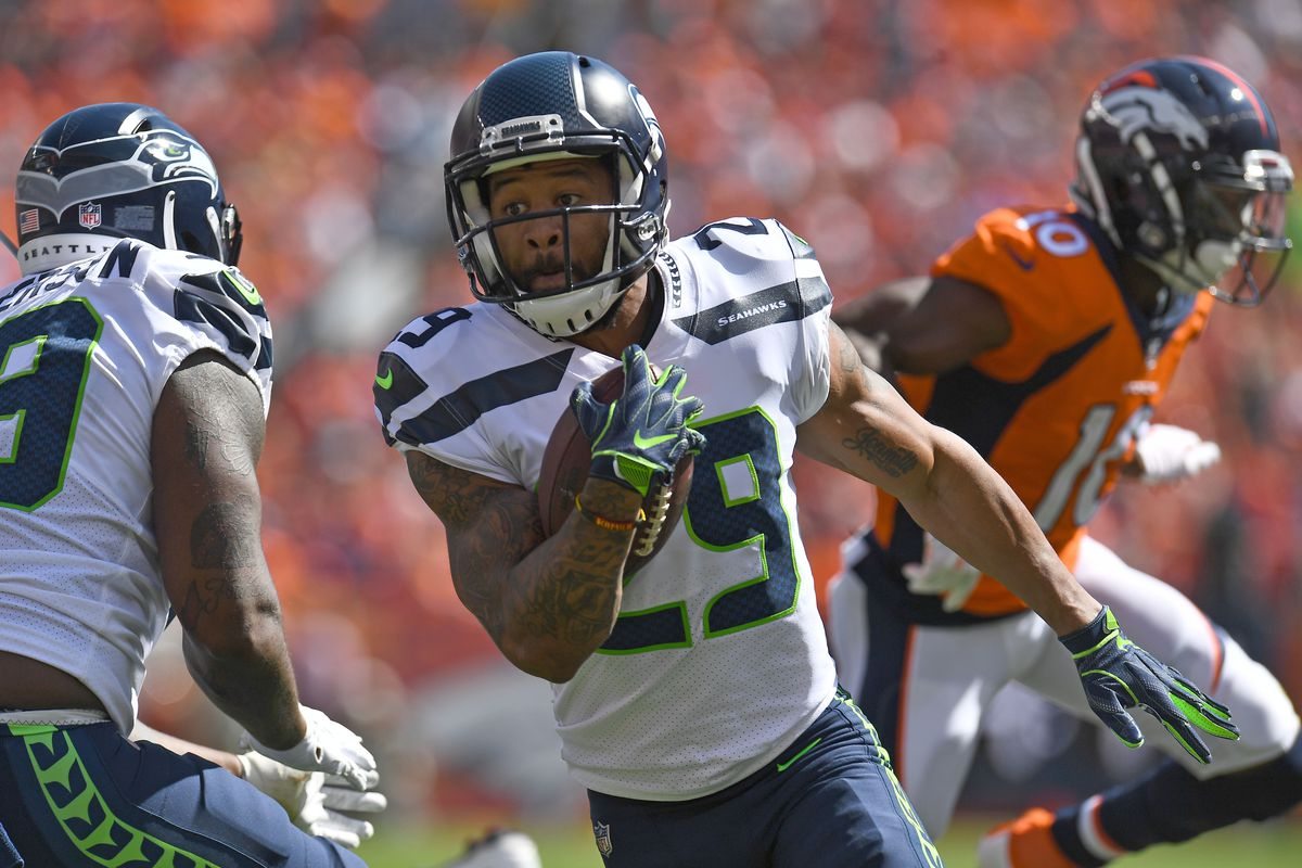 adeb285db Packers should explore trading for disgruntled Seahawks safety Earl Thomas
