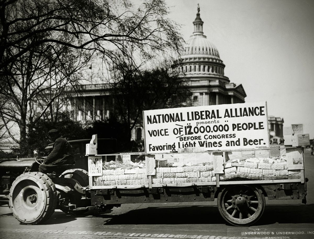 The National Liberal Alliance gathers petitions to loosen restrictions on alcohol during Prohibition.