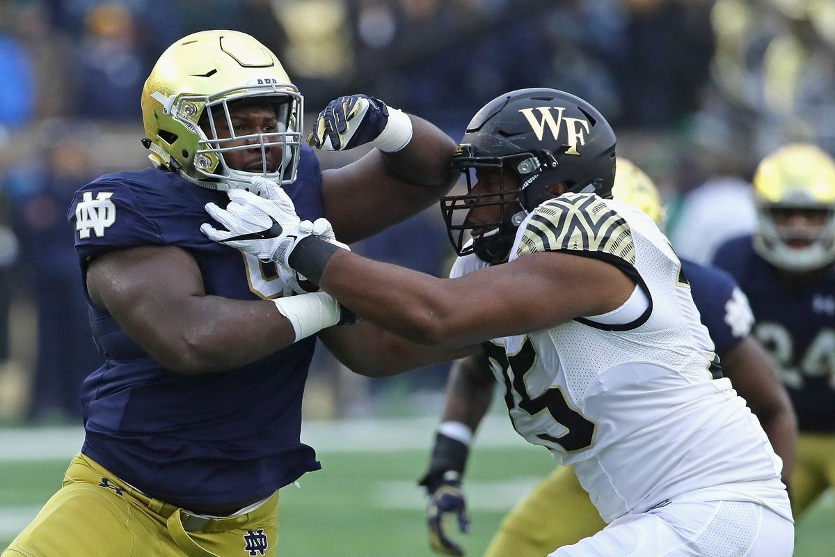 Former Notre Dame Defensive Lineman, Jay Hayes, Commits To ...
