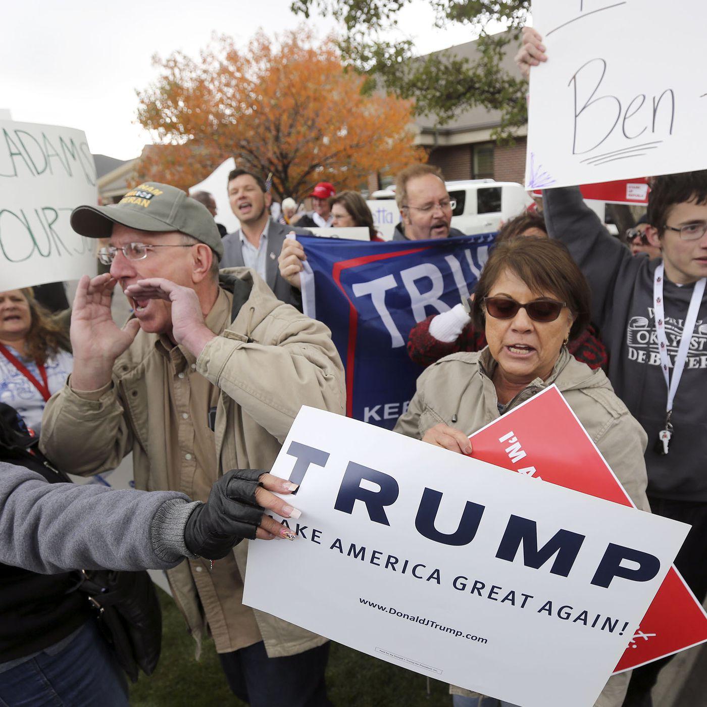 Button 2020 Anti Trump Stop The Madness