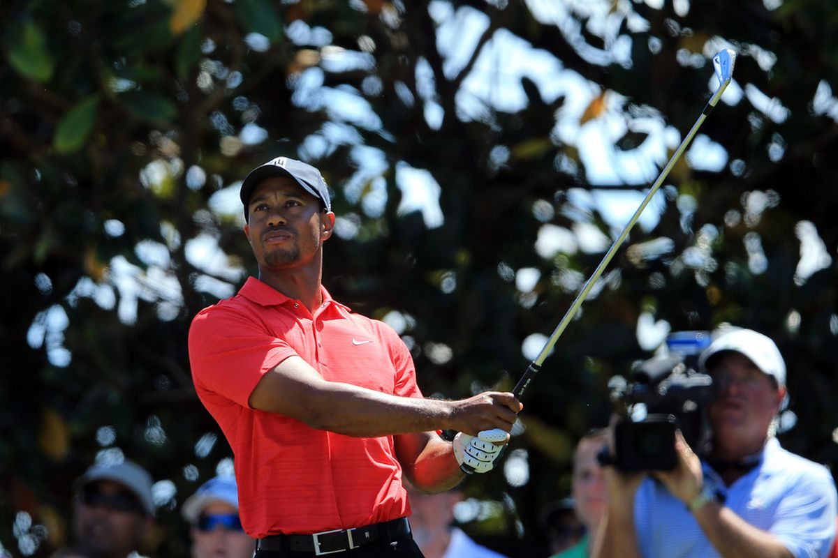 Tiger Woods Gets Back On Track, Wins 2012 Arnold Palmer Invitational
