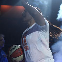 Connecticut Sun's Morgan Tuck (33) gets introduced officially for the first time at home.
