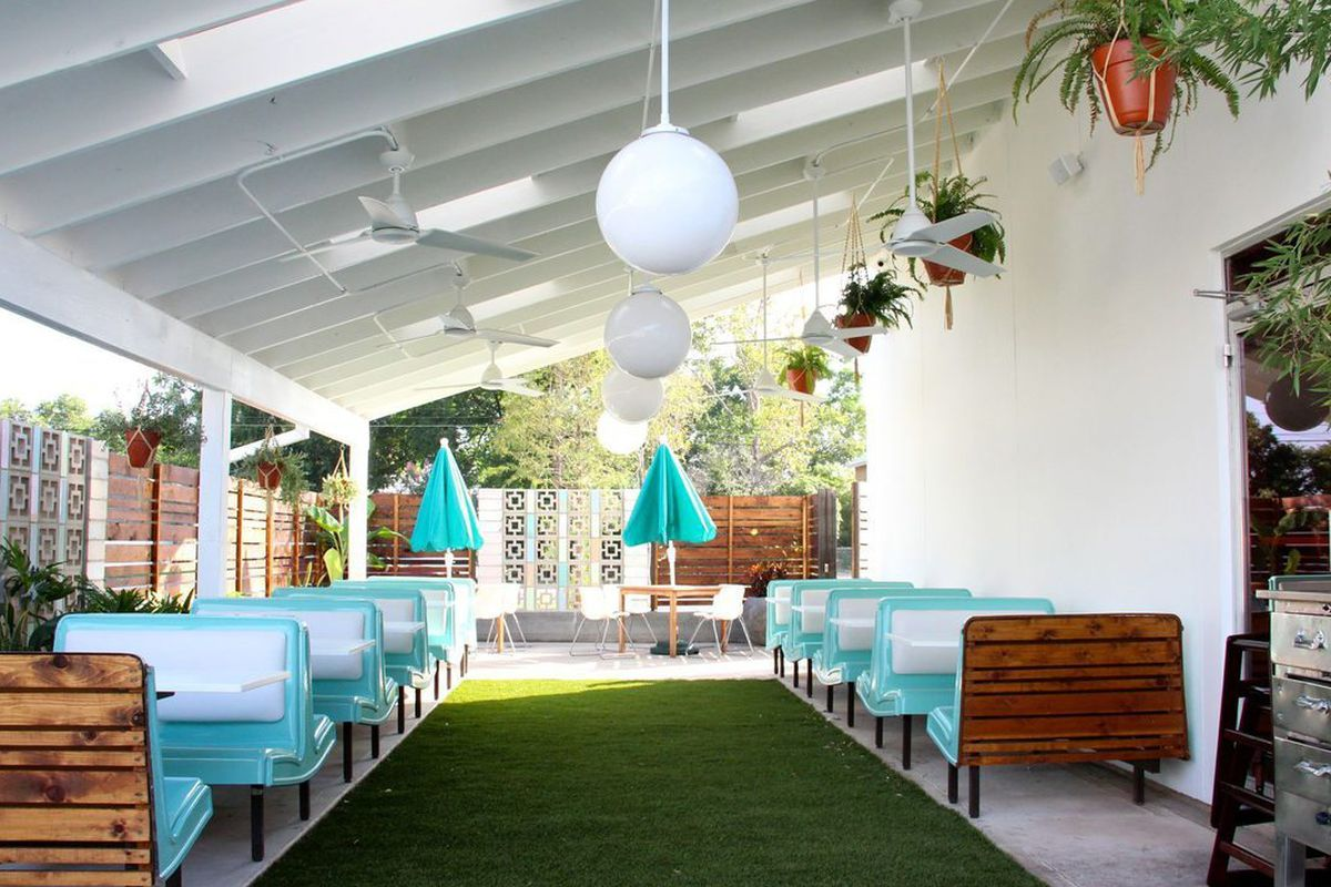 """<a href=""""http://austin.eater.com/archives/2014/09/16/take-a-tour-of-midcentury-modern-stunner-sawyer-co.php"""">Sawyer &amp; Co., Austin</a>"""