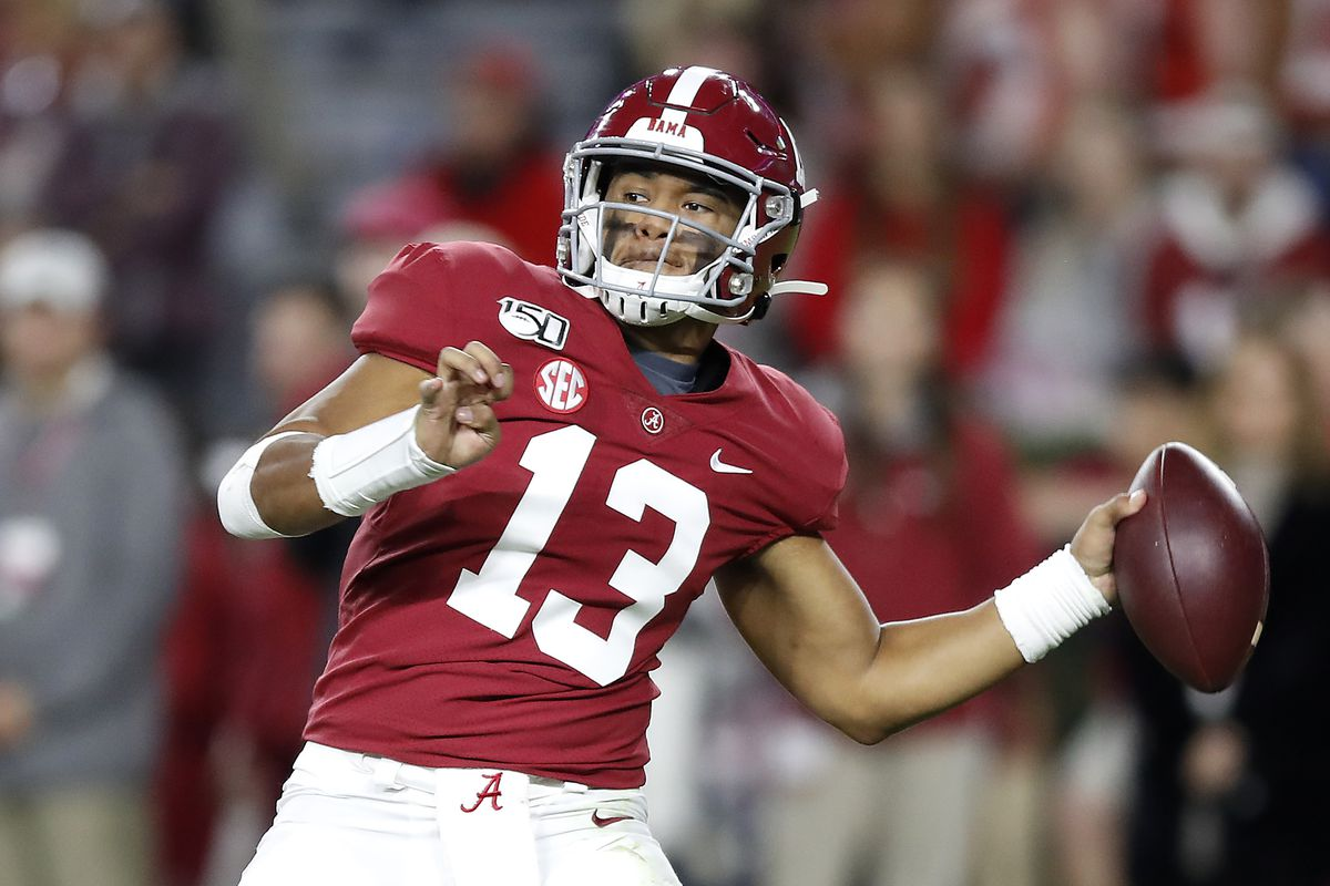 Tua Tagovailoa of the Alabama Crimson Tide throws a pass during the second half against the LSU Tigers in the game at Bryant-Denny Stadium on November 09, 2019 in Tuscaloosa, Alabama.
