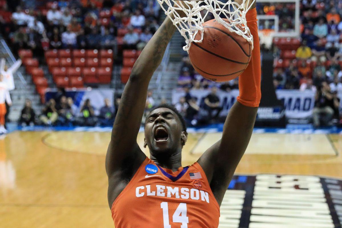 Clemson v Auburn