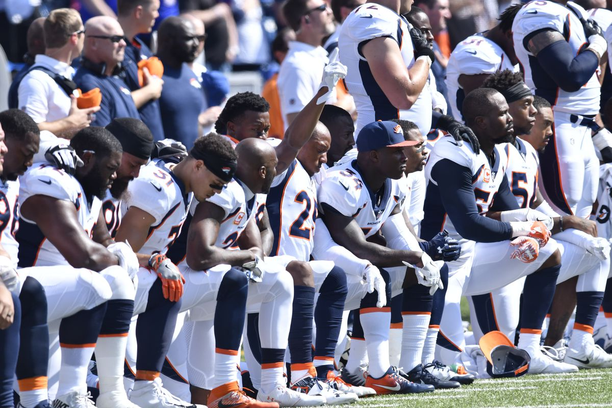 Thirty two broncos choose to kneel during national anthem mile mark konezny usa today sports voltagebd Image collections