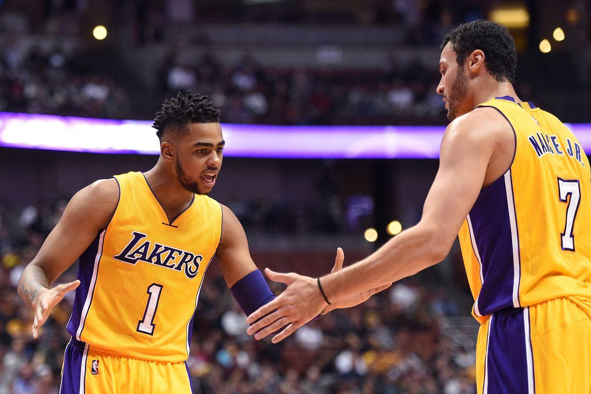 Sacramento Kings v Los Angeles Lakers