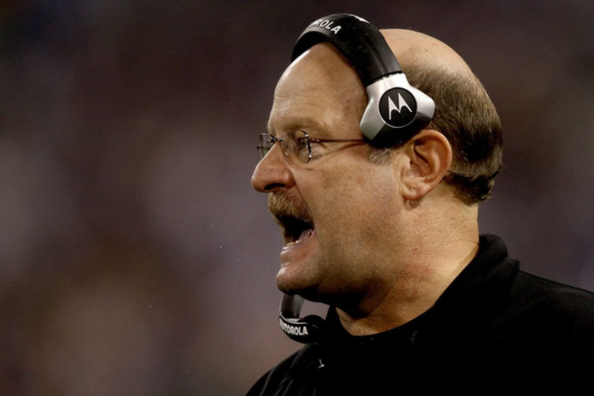 MINNEAPOLIS - NOVEMBER 21:  Head coach Brad Childress of the Minnesota Vikings on the sidelines against the Green Bay Packers at the Hubert H. Humphrey Metrodome on November 21 2010 in Minneapolis Minnesota.  (Photo by Matthew Stockman/Getty Images)