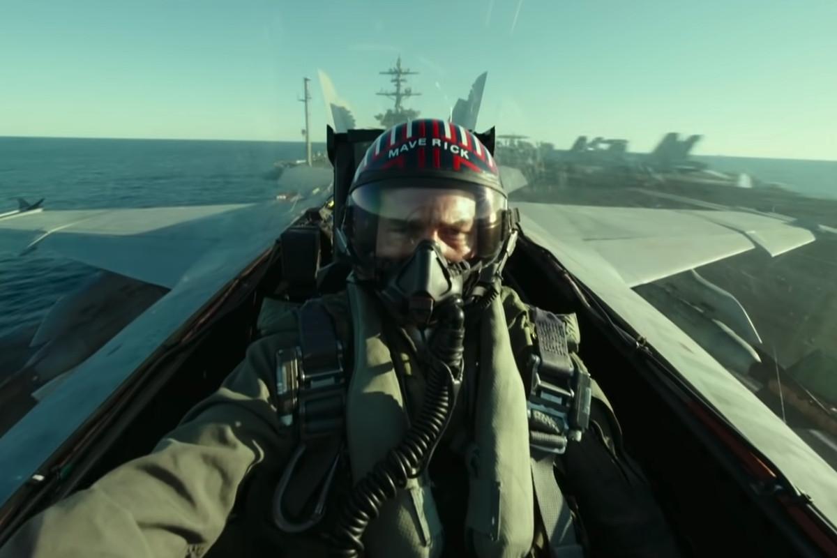 Top Gun: Maverick is the latest major blockbuster to skip the summer movie  season - The Verge