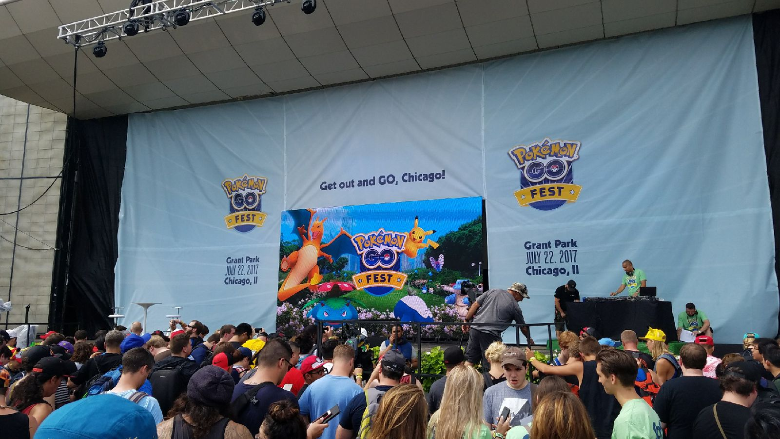 Pokémon Go Fest attendees get apology gifts after server issues (update)