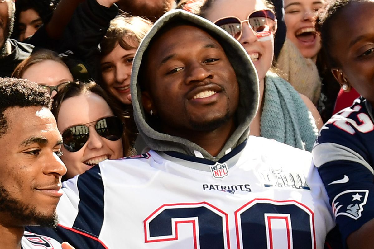Duke Dawson trying to carve out a role on a deep Patriots ...