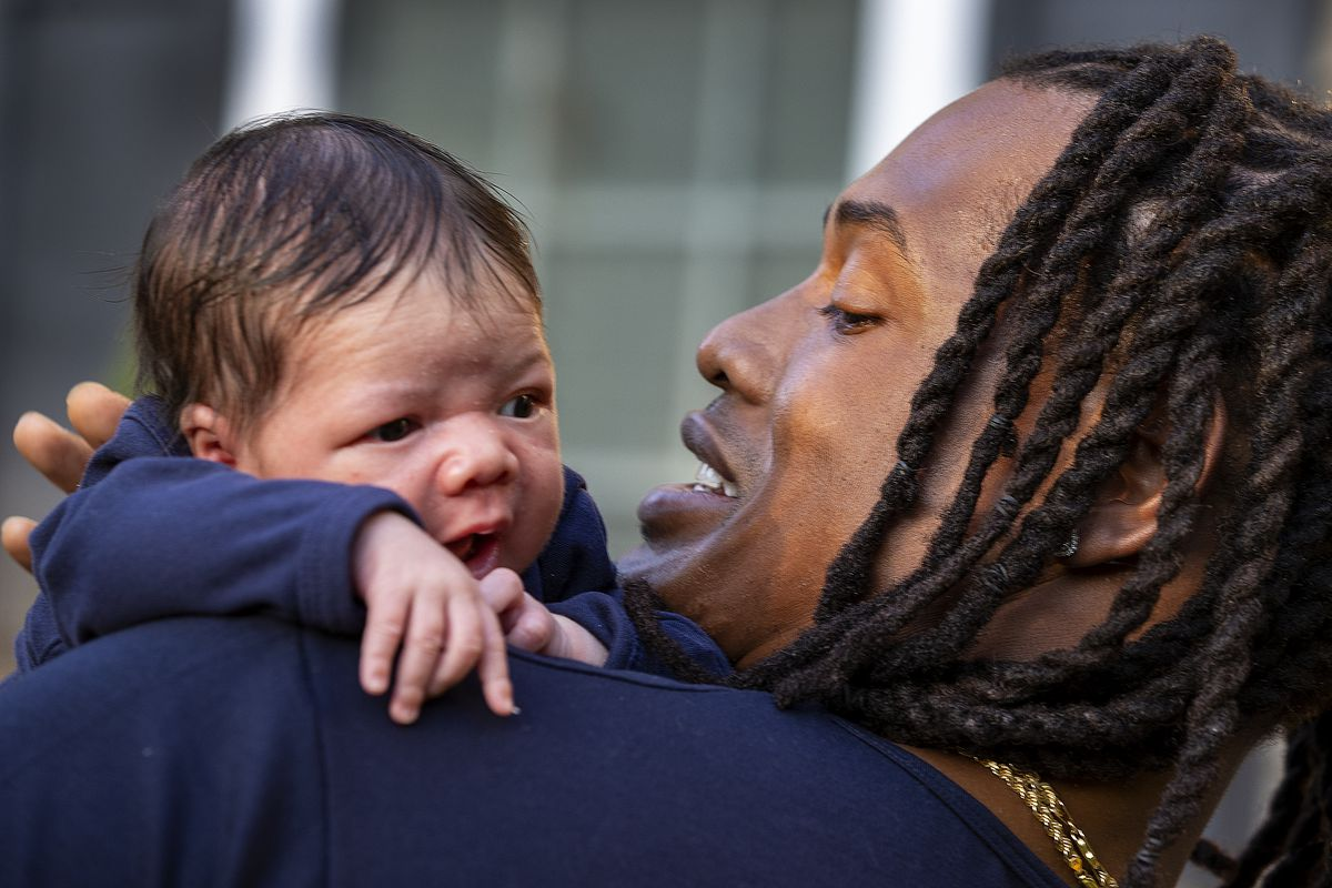 Dont'a Hightower, With Infant Son, Opts Out of NFL Season