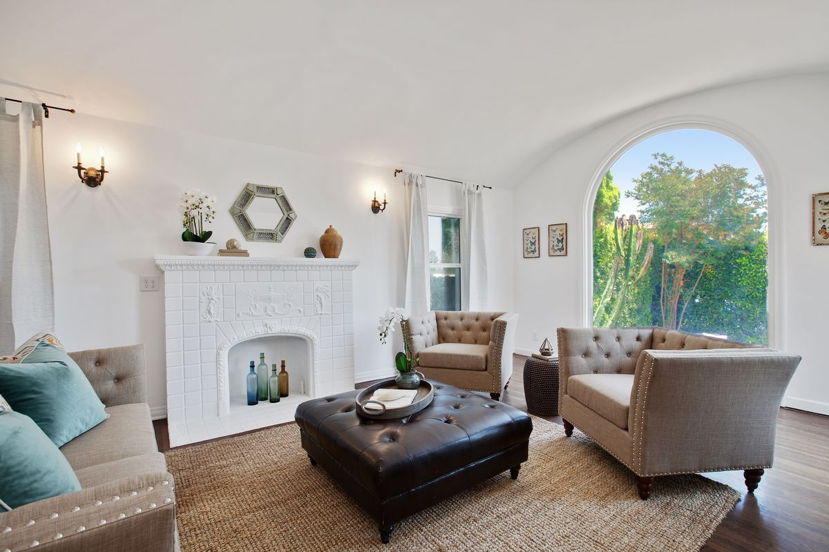Spanish Style House With Sun Room Asks 719k In Mid City