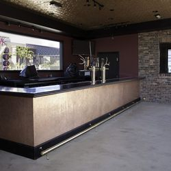 The bar on the patio at Commonwealth.