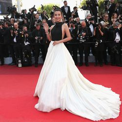 Li Bing Bing in Stephane Rolland Haute Couture at the premiere of 'Café Society.'