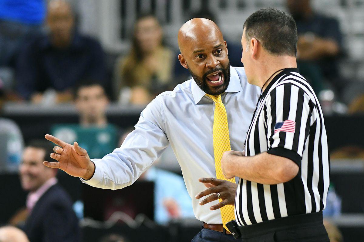 NCAA Basketball: Pac-12 Conference Tournament Oregon vs Cal