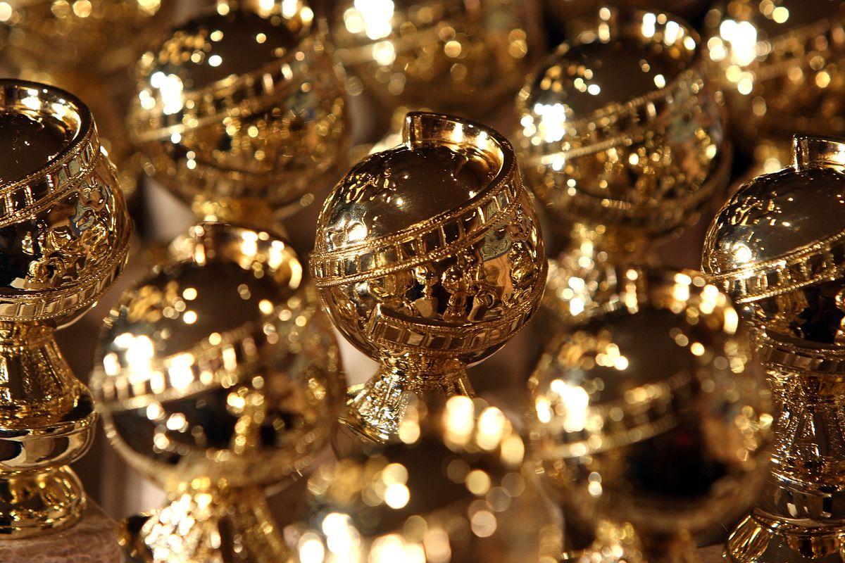 Golden Globes award statues.