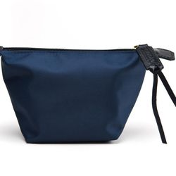 """Aroche <a href=""""http://aroche.us/collections/bags/products/mini-wings-bag"""">Mini Wings Bag</a>"""