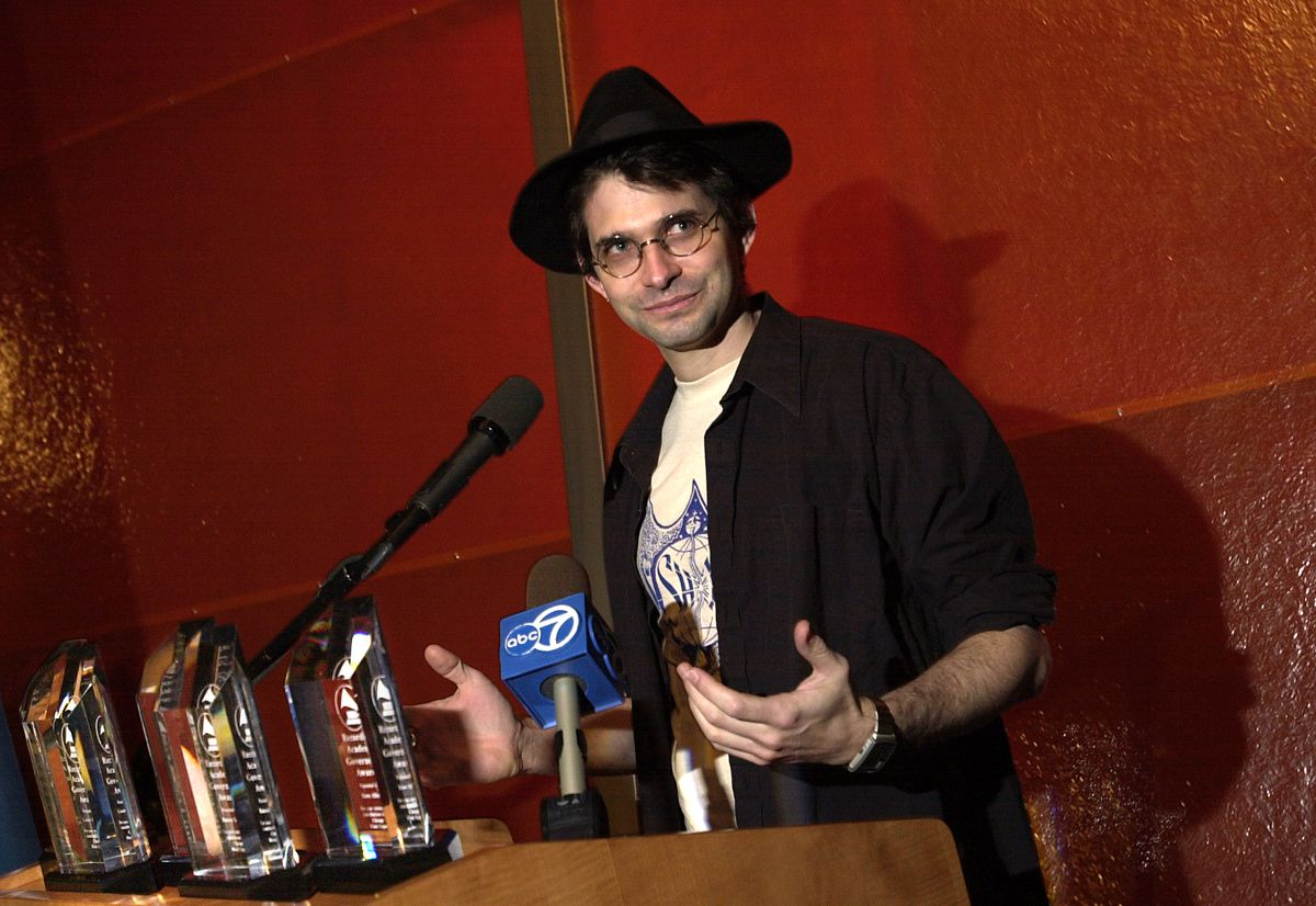 In 2000, Steve Albini was one of the recipients of the first Legacy Awards from the Chicago chapter of the Recording Academy.