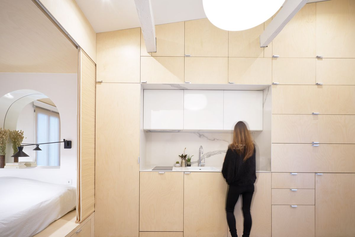 Paris micro apartment squeezes it all into 290 square feet - Curbed