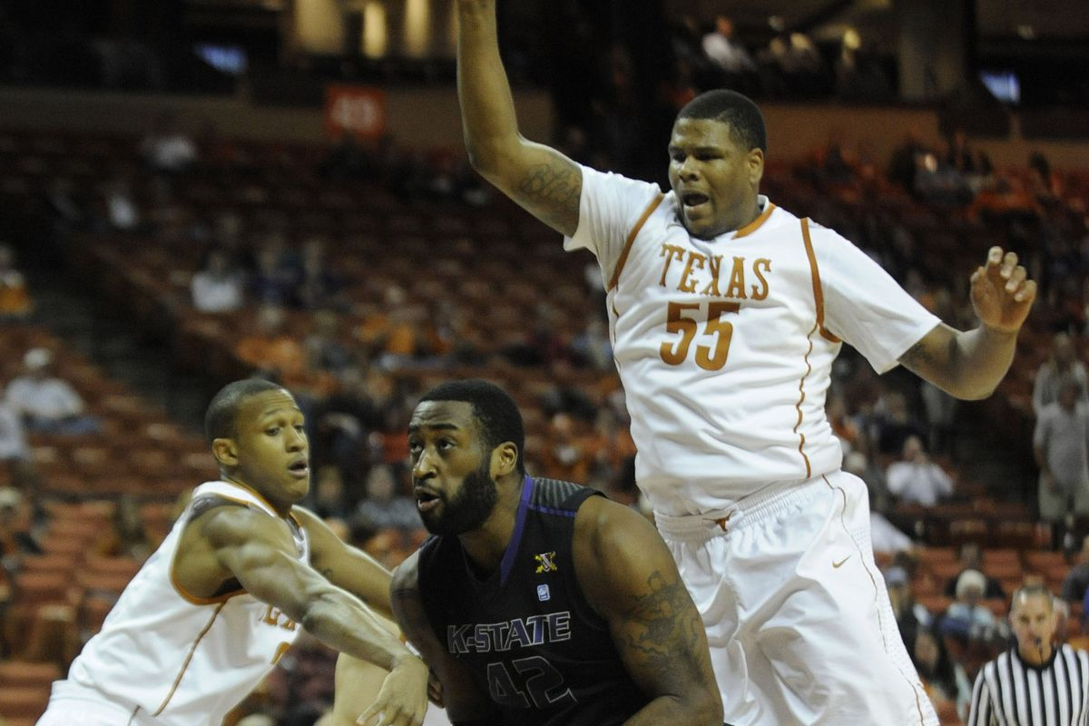 It should be fun to watch the two big men battle again when Texas makes the return trip to Manhattan.