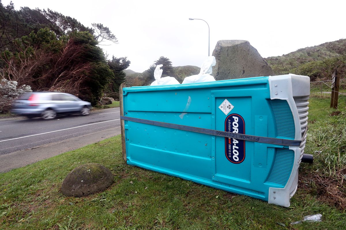 Power Outages As Wellington Hit By Storm